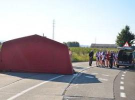 Otegem: Wielertoerist overleden na tragische val en aanrijding door bestelwagen