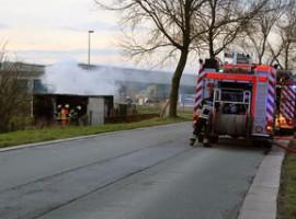 Sint-Baafs-Vijve: Container gaat in vlammen op