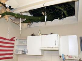 Z.W-Vlaanderen: windhoos richt schade aan