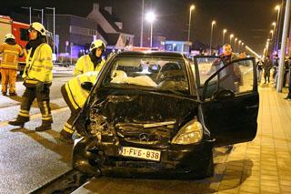 Drie gewonden bij zwaar verkeersongeval