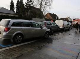 Waregem: 4 auto's botsen tegen elkaar