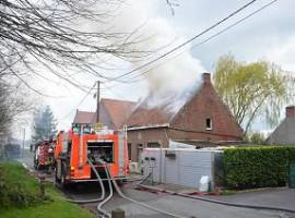Lichtervelde: Woning onbewoonbaar door brand