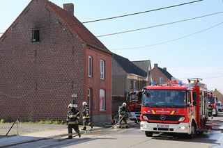 6 gewonden bij woningbrand