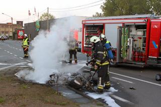motor in brand na zware klap, 2 zwaargewonden