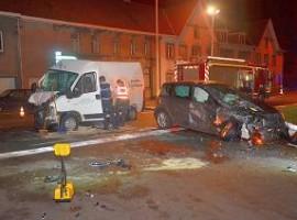 Kuurne: 2 gewonden bij zware klap