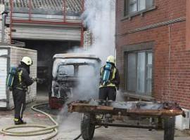 Zwevegem: Vrachtwagencabine vat vuur