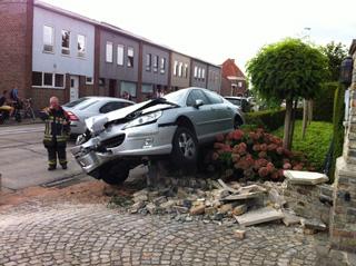 Zwangere vrouw betrokken bij verkeersongeval