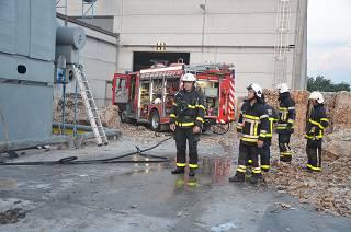 Stofafzuigingsinstallatie vat vuur bij Albox