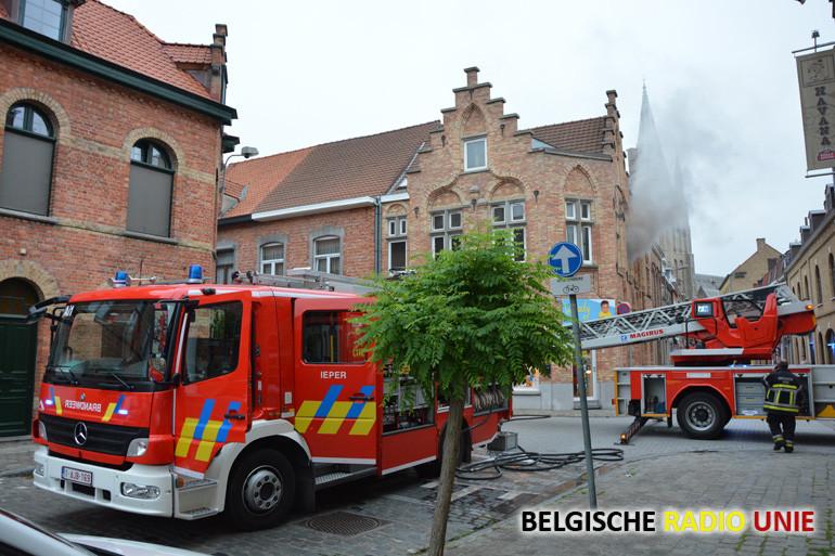 Woningbrand in de Sint-Jacobsnieuwweg in Ieper