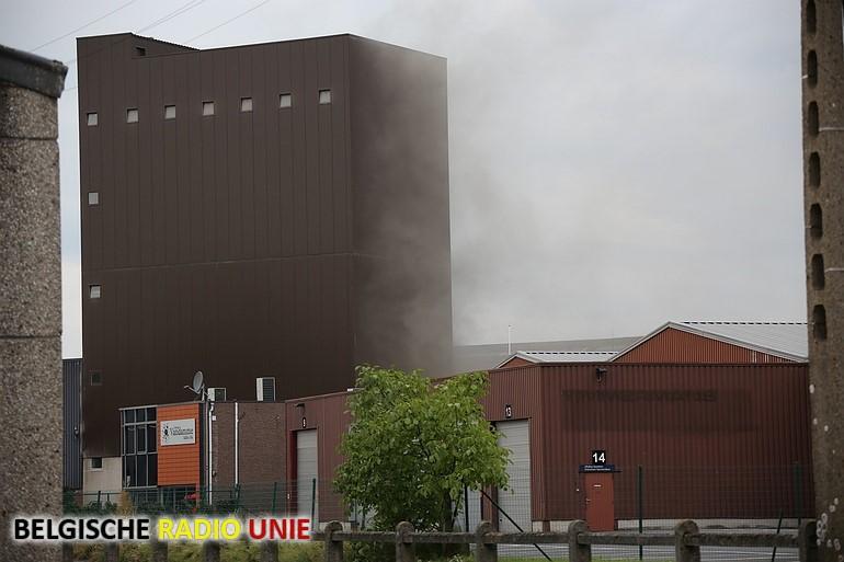 Pers vat vuur in oliefabriek in Deinze