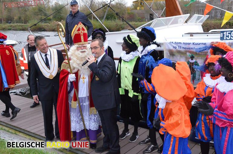 De Sint maakt blijde intrede in Kuurne