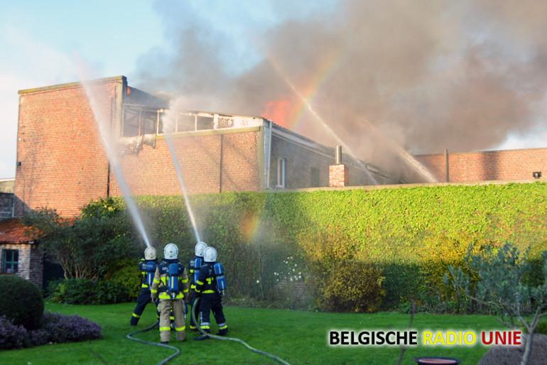 Uitslaande brand in de Koning Albertstraat in Kuurne