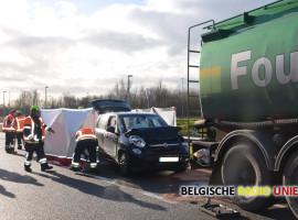 72-jarige bestuurder komt om bij ongeval op N32 in Menen