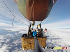 West-Vlaams luchtballonteam maakt spectaculaire ballonvlucht boven Oostenrijkse Alpen