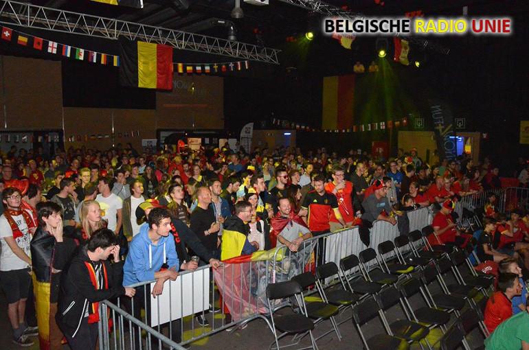 Kubox liep goed vol voor voetbalwedstrijd België - Italië op groot scherm