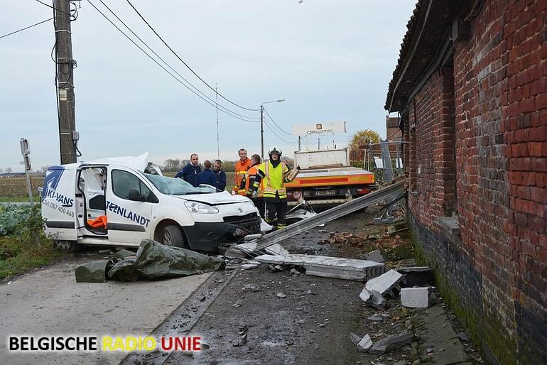 Bestuurder gewond in Koolskamp