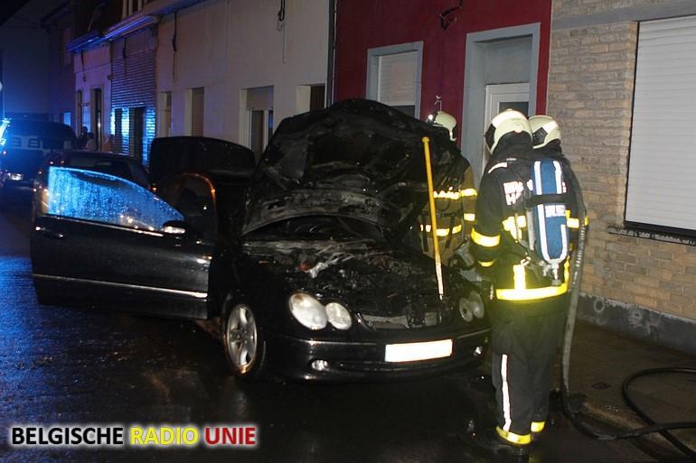 Wagen vat vuur in Harelbeke