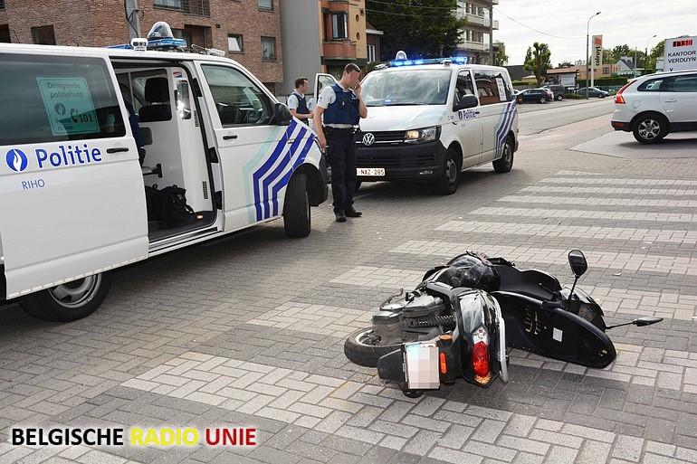 Bromfietser zwaargewond in Roeselare