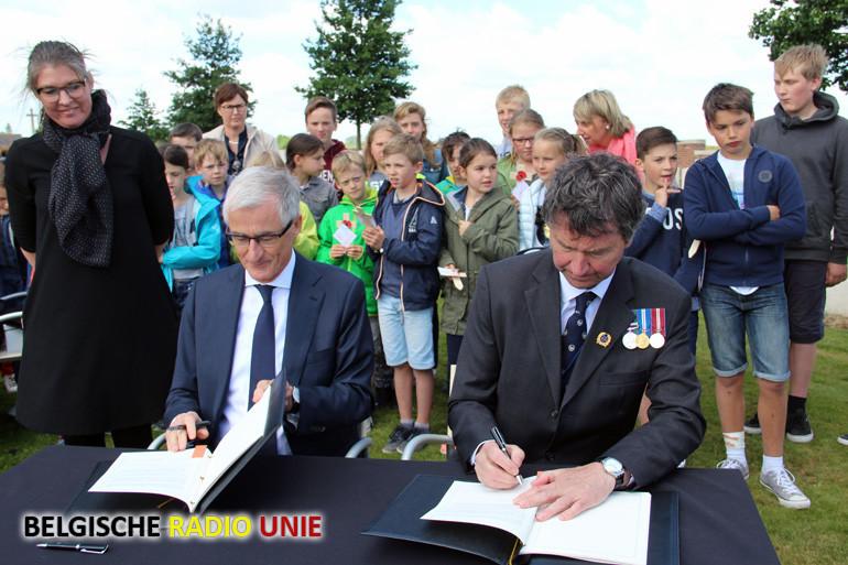 Plechtige ondertekening meerjarenovereenkomst militaire begraafplaatsen en bescherming WO-I erfgoed