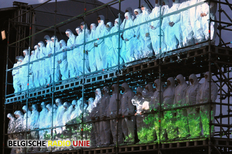 Openingsevenement 'Het Kraterfront' van GoneWest ter herdenking van de Mijnenslag