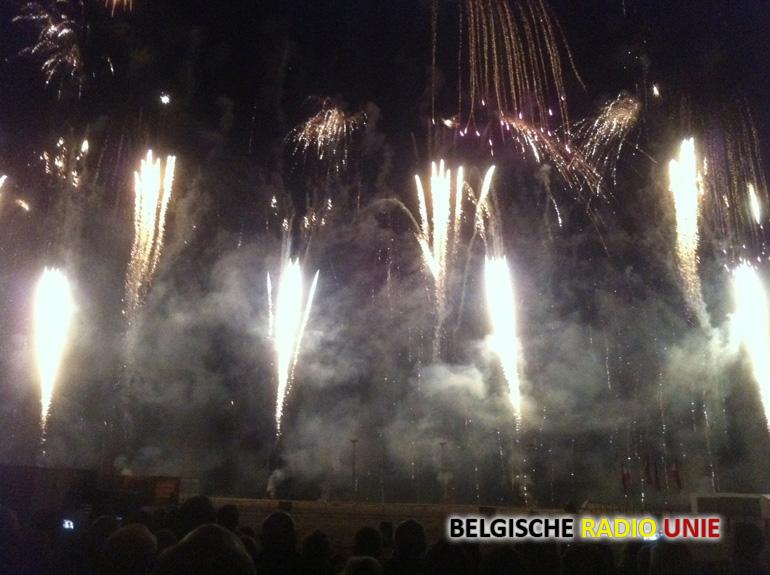 Internationaal Vuurwerkfestival Knokke Trekt Opnieuw Massas