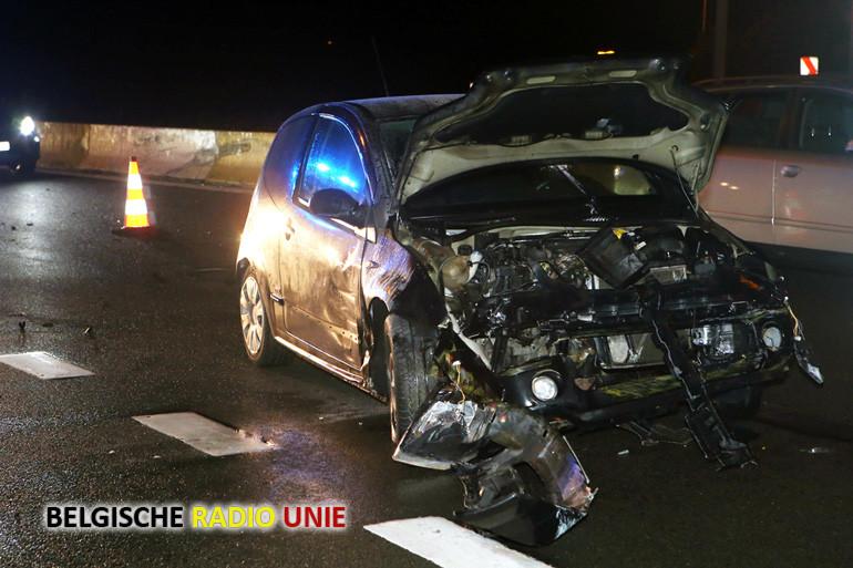 Wagen slipt en beland tegen de vangrails in Bissegem