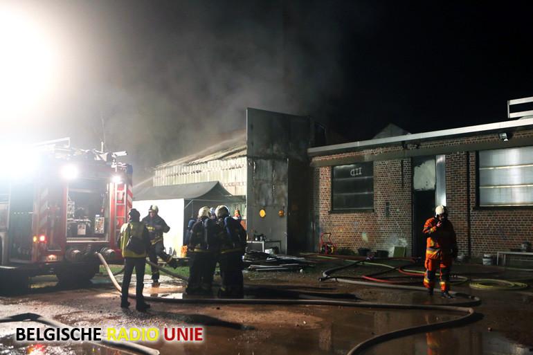 Zware brand in voormalige inoxfabriek