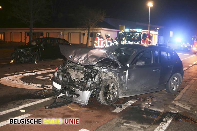 Zwaar ongeval op kruispunt Volkslaan en Meiweg in Menen