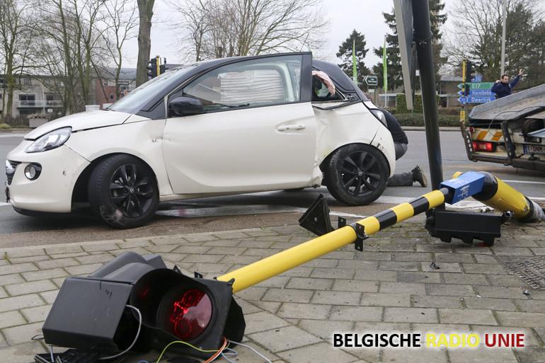 Ongeval op het kruispunt Beukenhofstraat, Peter Benoitstraat en de N36 in Vichte
