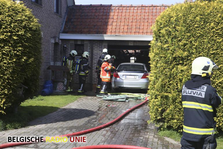 Alerte buren redden bejaard koppel tijdens felle keukenbrand