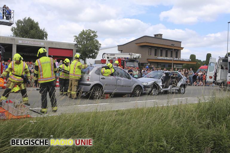 Gullegemse brandweer organiseert met succes de dag van de hulpverlening