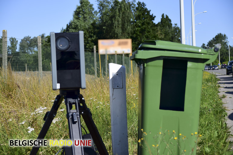 Tweede mobiele flitscamera voor snelheidscontroles in Kortrijk, Kuurne en Lendelede is actief