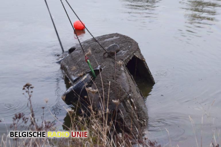 Laatste voertuig uit de Leie geborgen in Wielsbeke