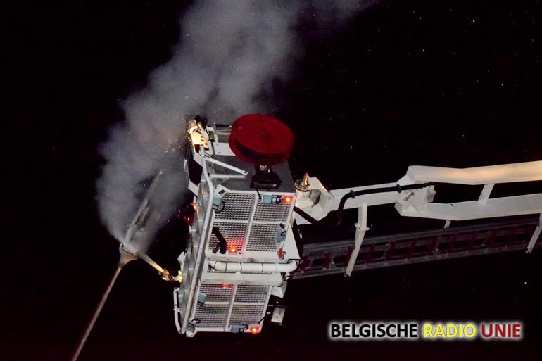 Openbare verlichting vat vuur