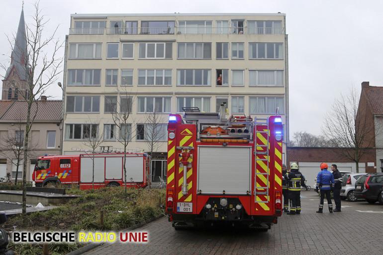 flatgebouw even ontruimd na brandgeur
