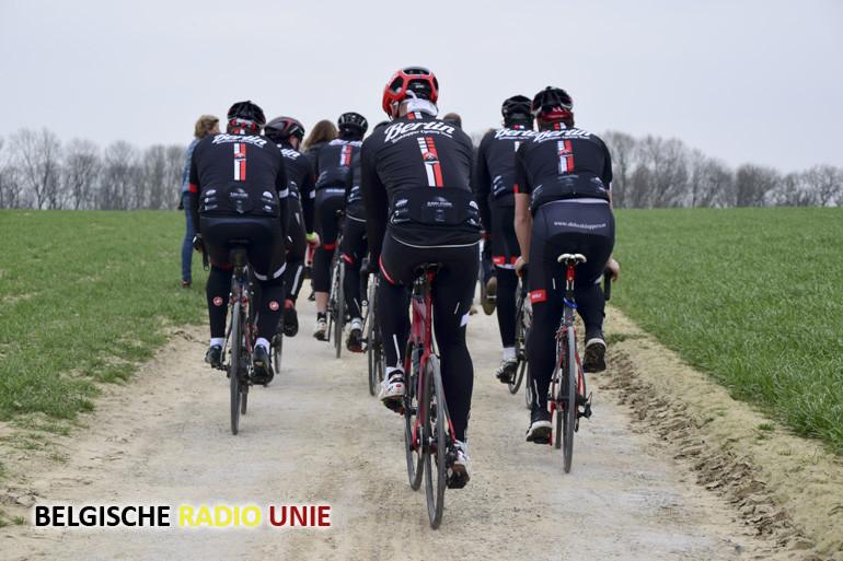 Westtoer stelt vernieuwde wielerroute 'Gent-Wevelgem in Flanders Fields' voor
