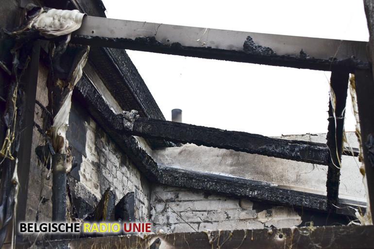 Brand frietketel maakt woning onbewoonbaar