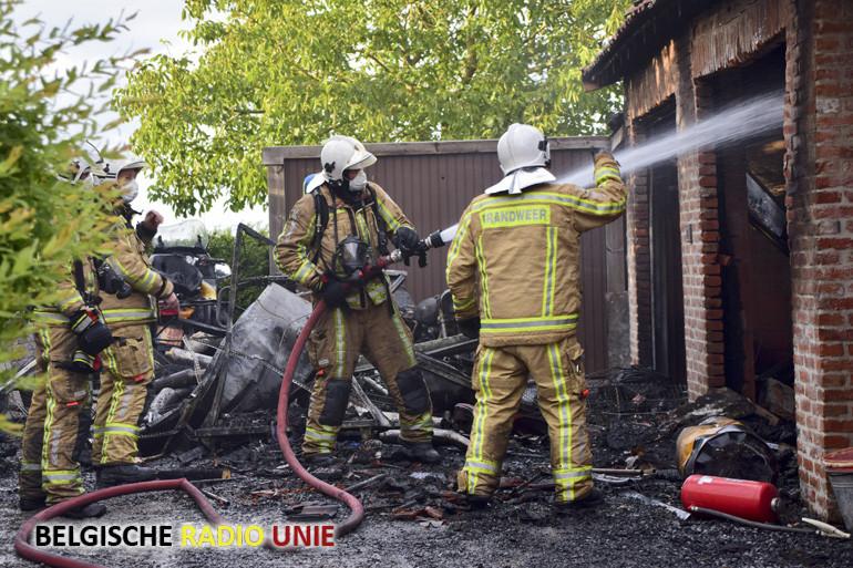 Motorwerkplaats uitgebrand in Passendale