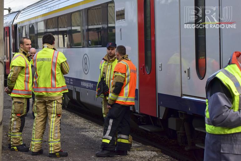 Trein anderhalf uur geblokkeerd in station Wervik