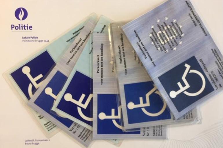 Controle op parkeerkaarten voor mensen met een beperking