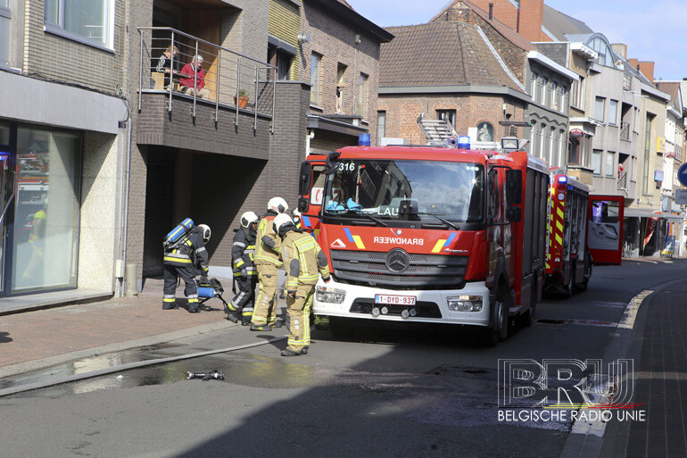 Flatgebouw geëvacueerd in Menen na brand, bewoonster ongedeerd