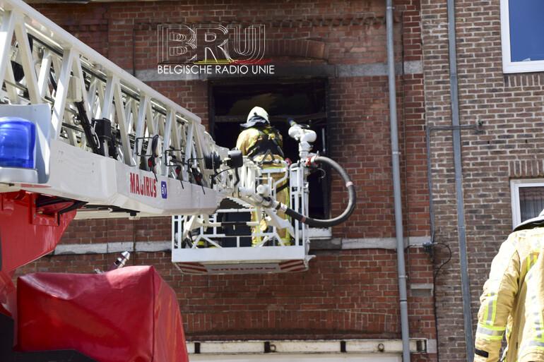 Uitslaande brand vernielt appartement in Ieper