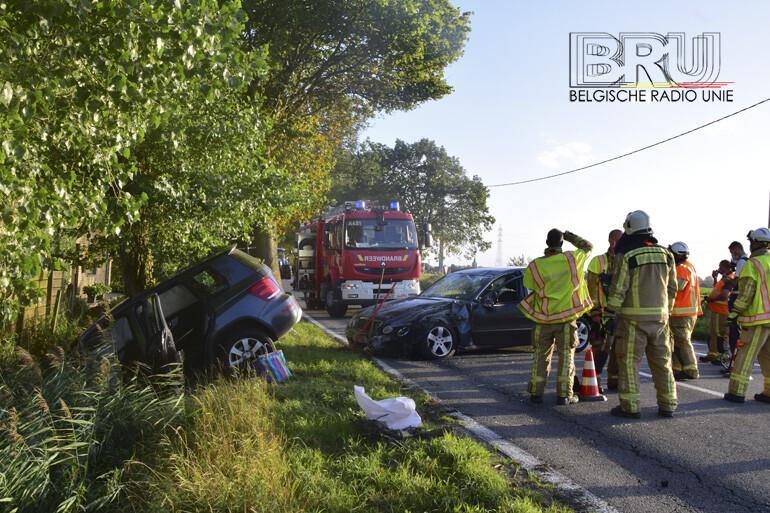 Drie gewonden bij frontale botsing in Diksmuide
