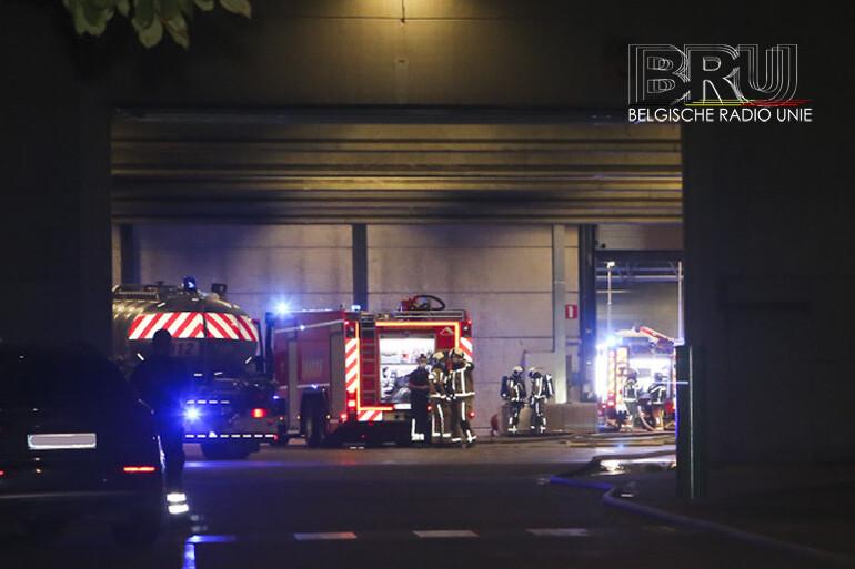 Machinebrand bij firma Decospan langs de Lageweg in Menen