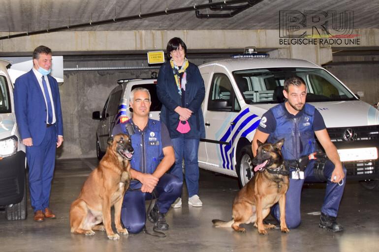 Nieuwe voertuigen hondengeleiders politiezone RIHO