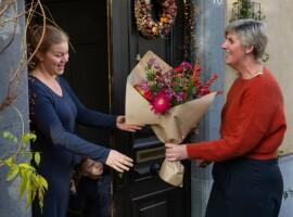 'Hi! Blom' is de nieuwe speler in de online bloemenmarkt