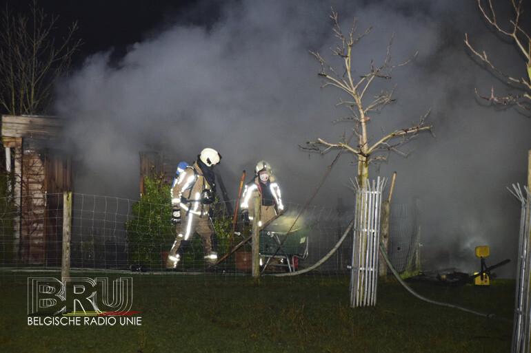 Schaapstal en berging branden uit op oudejaarsavond