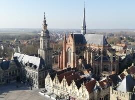 Uitkijkpunt en tentoonstelling Sint-Niklaastoren ingehuldigd in Veurne