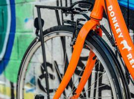156 deelfietsen kleuren Zuid-West-Vlaanderen oranje