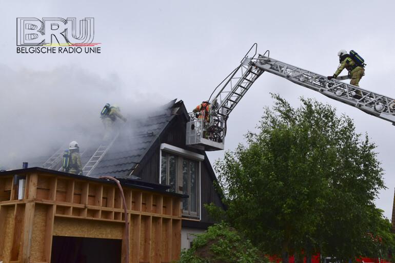 Roofingwerken veroorzaken dakbrand in Diksmuide